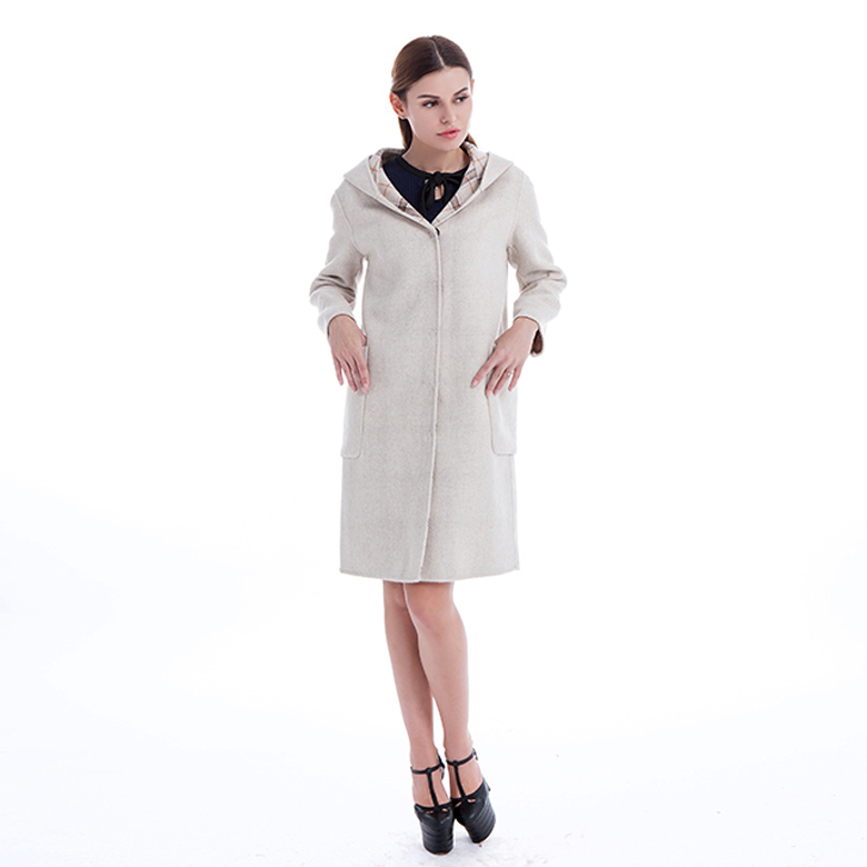 Cashmere wool winter coat white