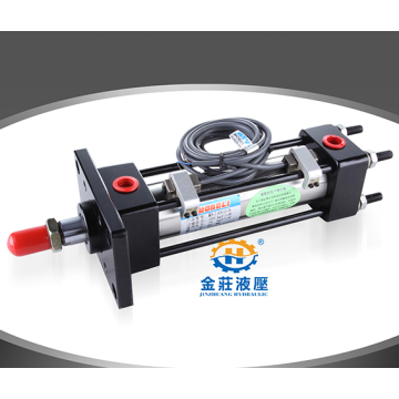Light tie rod hydraulic cylinders in machinery