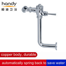 Hand-operated flushing valve with piping