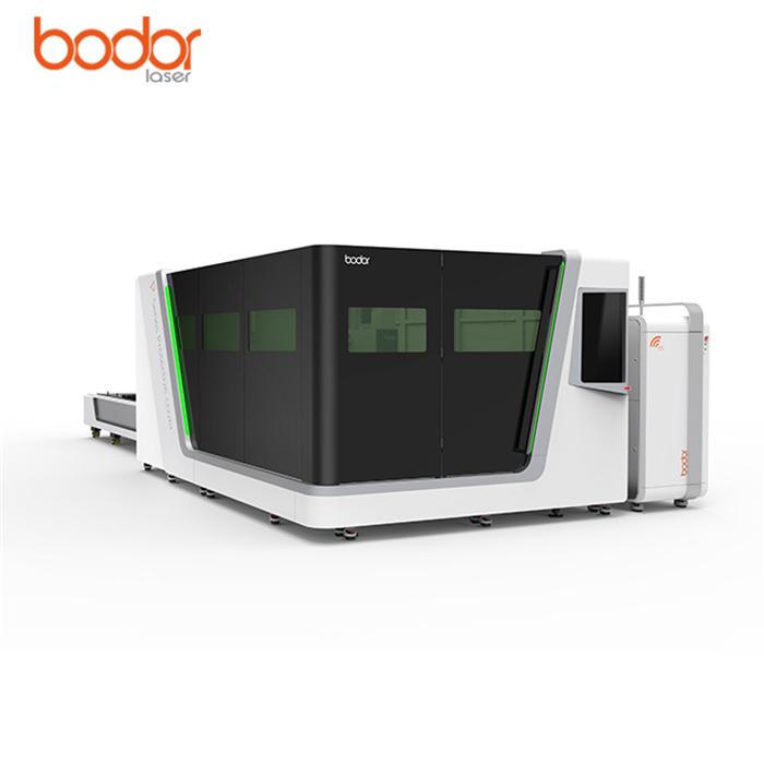 Laser cutting machine with full protection cover