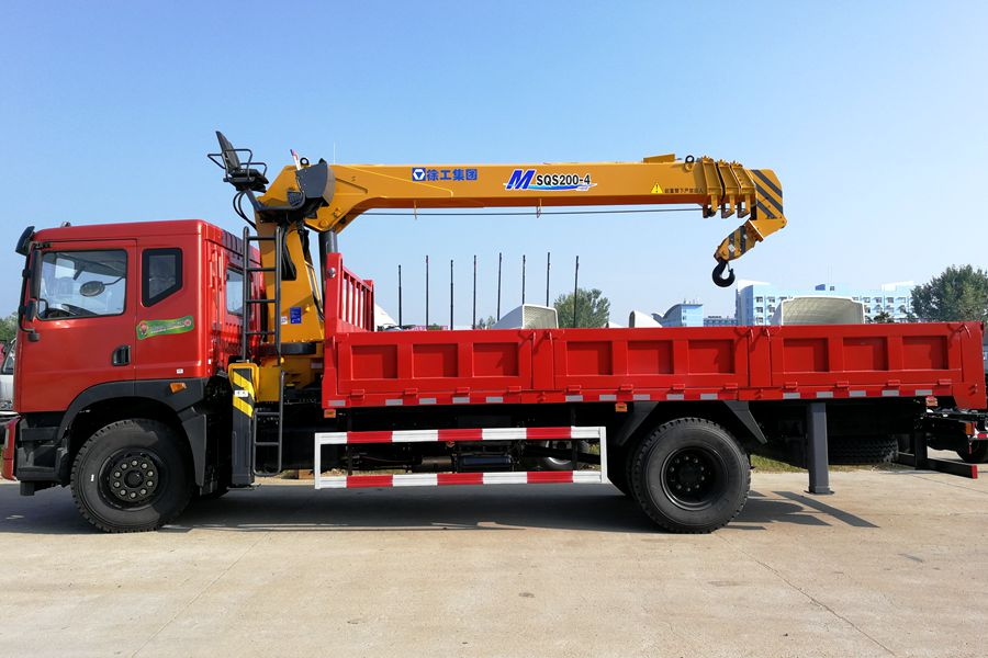 truck mounted boom lift 4