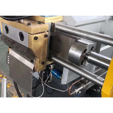 Twin screw plastic extruder for masterbatch