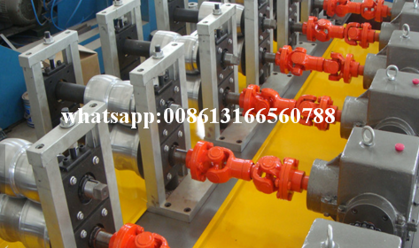 Heat Insulation Door Machine
