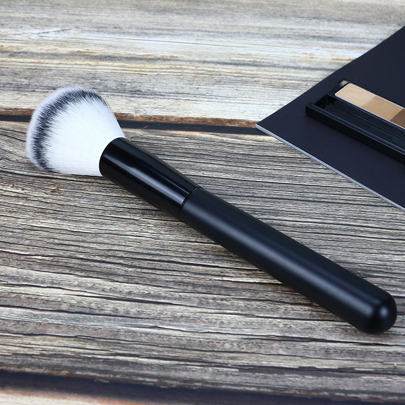 synthetic nylon hair cosmetic brush