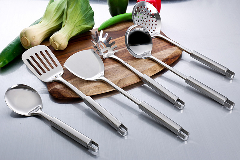 Gorgeous Stainless steel kitchenware set