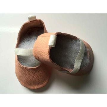 Baby Shoes with beautiful bow