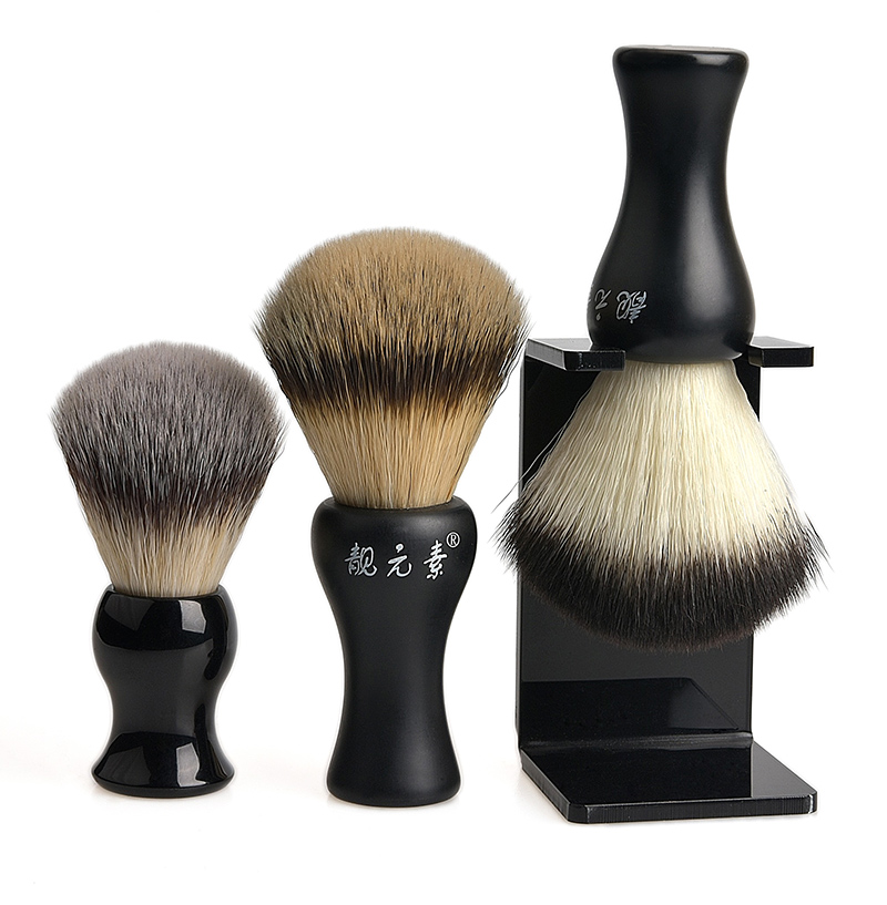 Synthetic Beard Brush 03
