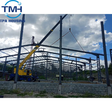 wide span low rise steel structure construction warehouse