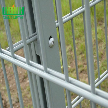 Factory price double wire mesh fence designs