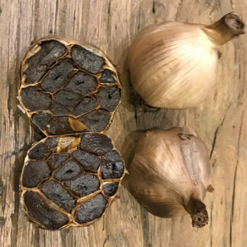 Fermented plain black garlic