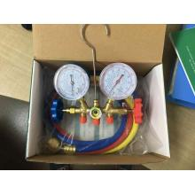 R410A brass manifold in carton box with hoses
