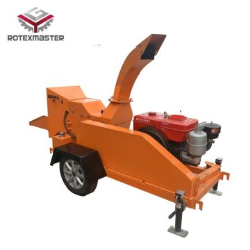 Mobile wood chipper with CE