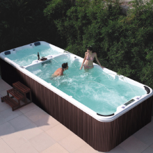 Large Container Swin Spa Hot Bathtub