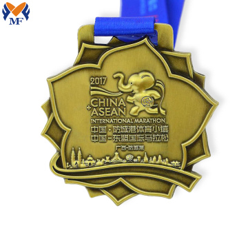 Custom souvenir gift gold flower medal