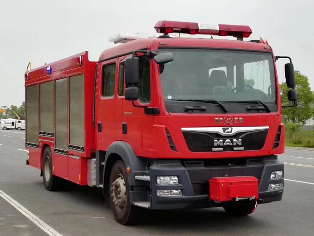 new CAFS foam fire truck
