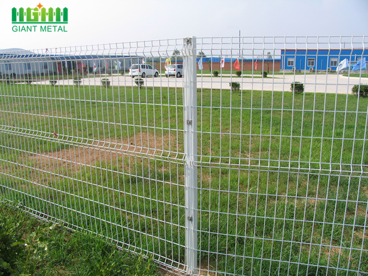High Quality PVC Coated Triangle Bending Fence