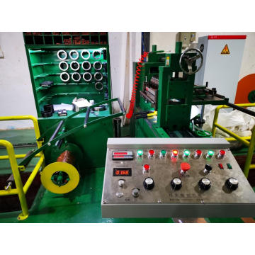 Precision upper and lower spindle slitting machine