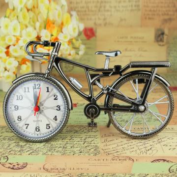 HOT 1Pcs Retro Bronze Bicycle Alarm Clock Cool despertador Desk Table Clock Personality Bike Clock Drop Shipping NZ-035 OUTAD
