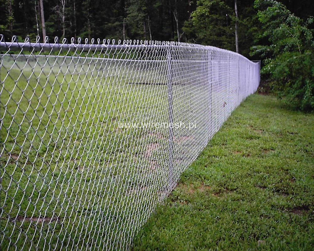 Temporary fence for rental house