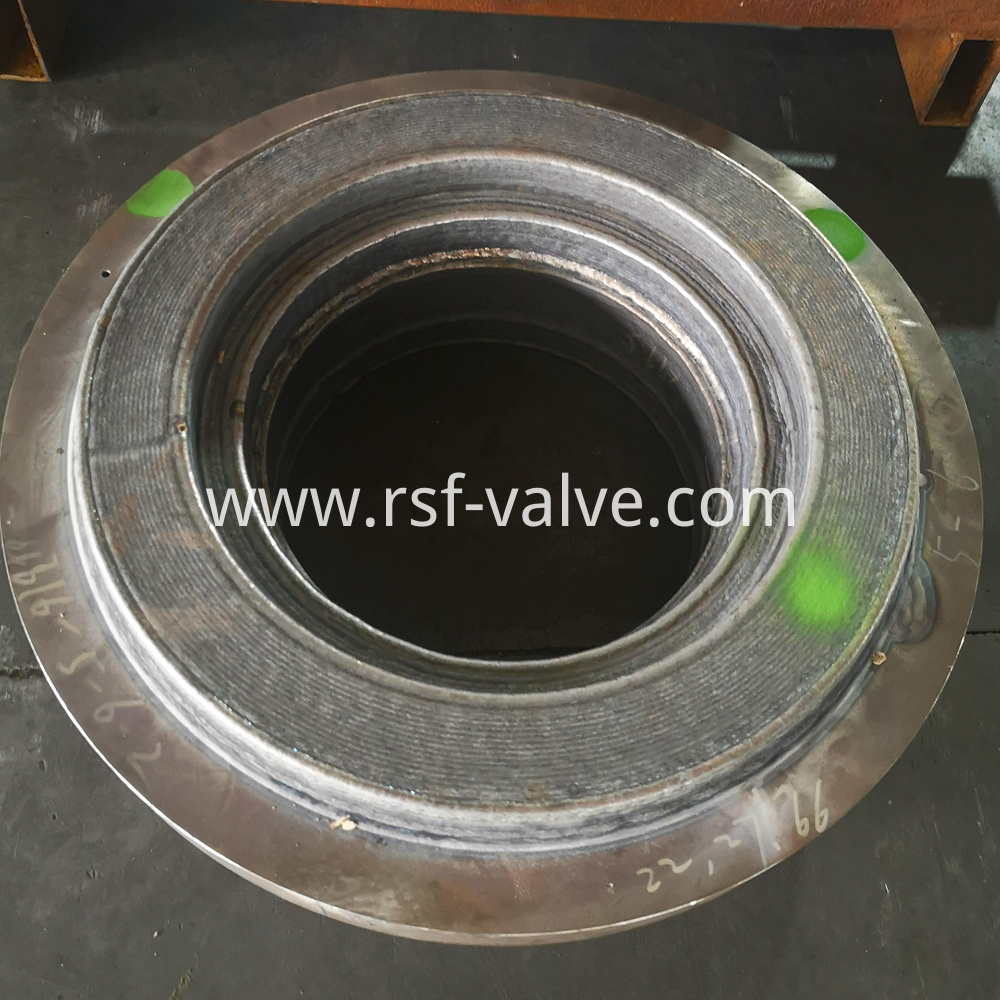 Ball Valve Part Closure With Cladding