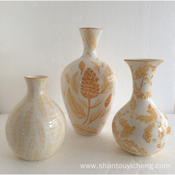 New leaf pattern under glazed ceramic vase