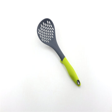 Comfortable Handle Kitchen Nylon Skimmer