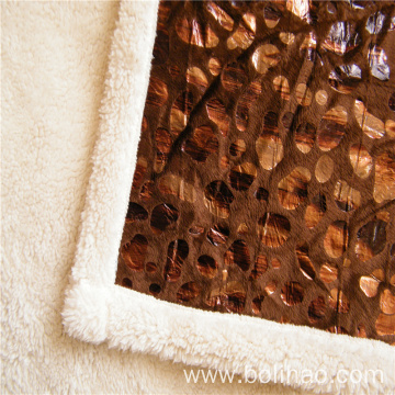 Super Soft With Gold Stamp Composite Blanket