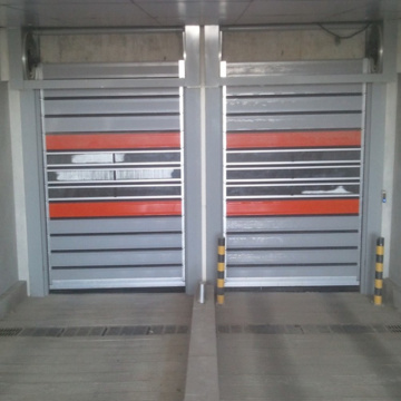 Transparent rapid high speed rolling up door