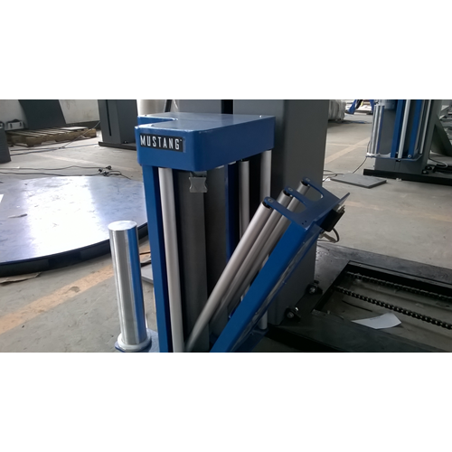Forklift  pre-stretch pallet wrapping machine