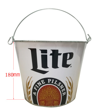Round bucket with oval handles