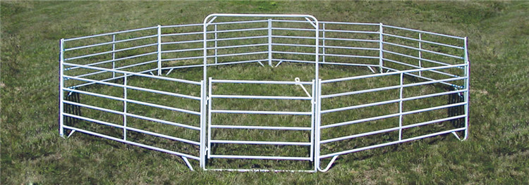 Galvanized round pen panels