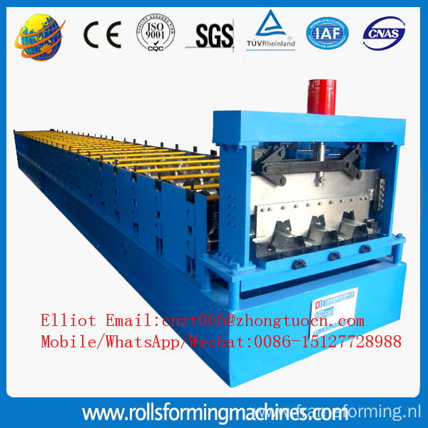 Rolling floor decking machine