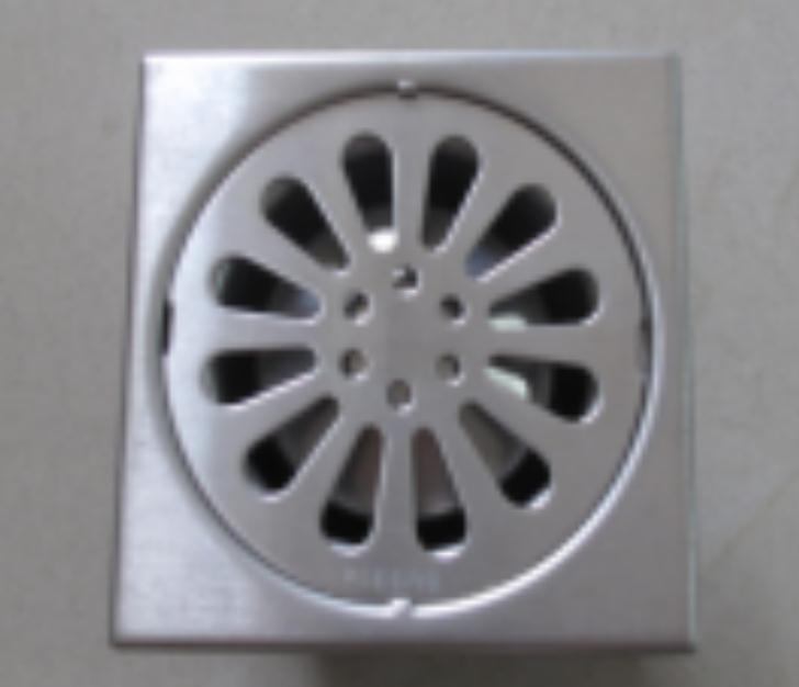 Bathroom shower floor drain