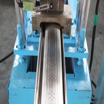 metal roller shutter door roll forming machine