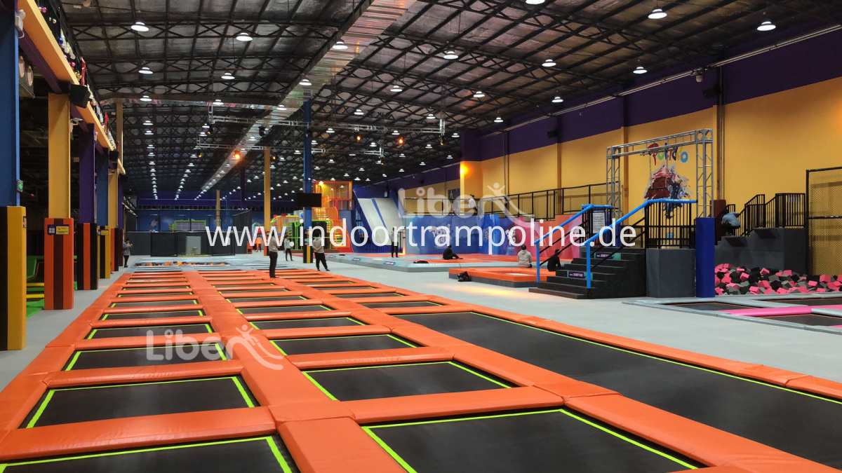 big trampoline with free area