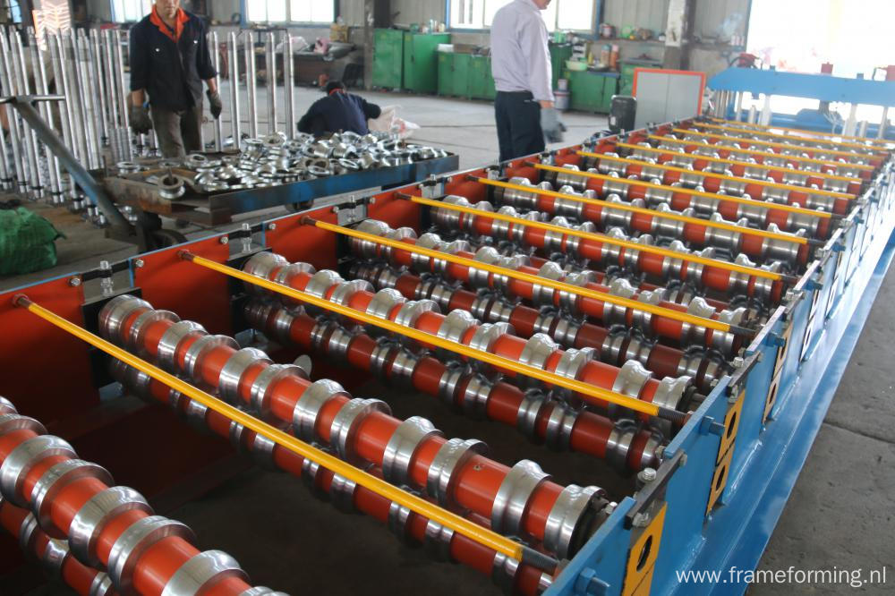 Glazed Tile Metal Coil Roll Forming Machine