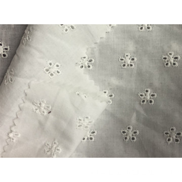 The white embroidered 60*60/90*88 57/58'' 75g