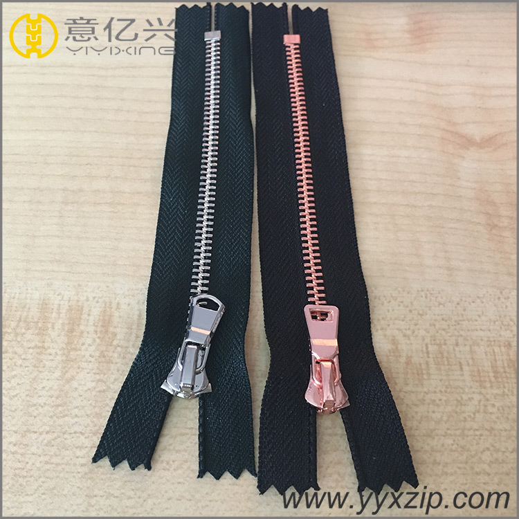 Metal Zipper for Leather Puller