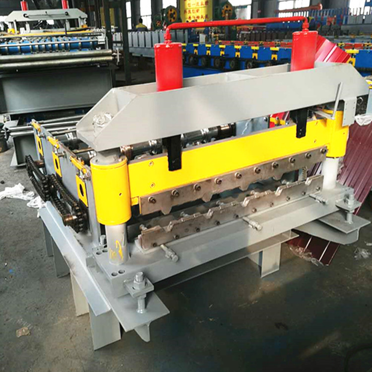 auto curved roll forming machine