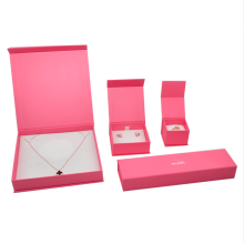 Customized pink cardboard jewelry display boxes