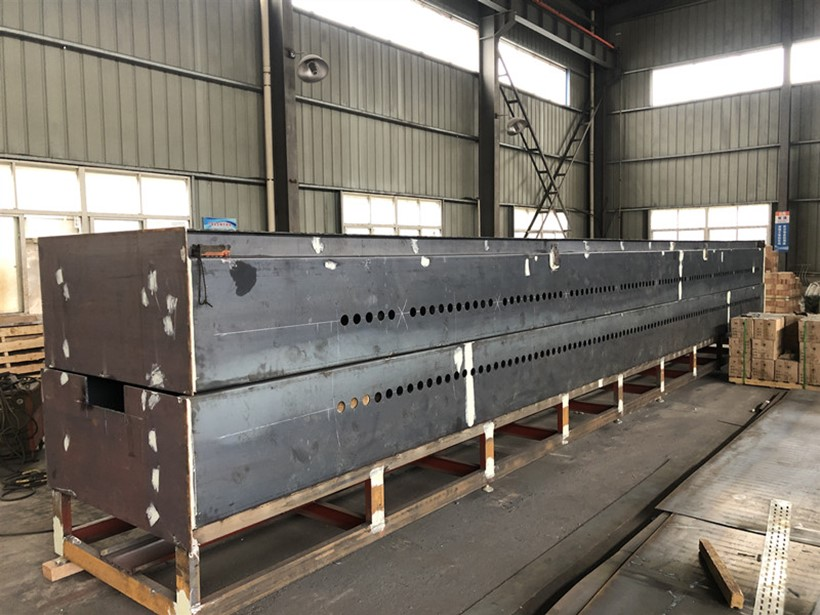 Net belt sintering furnace finished