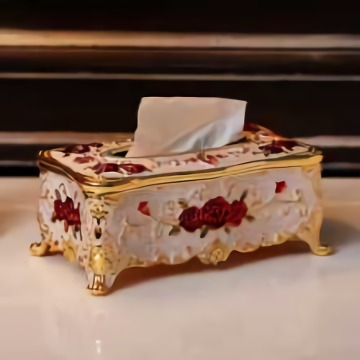 Wooden European Style Carved Tissue Box