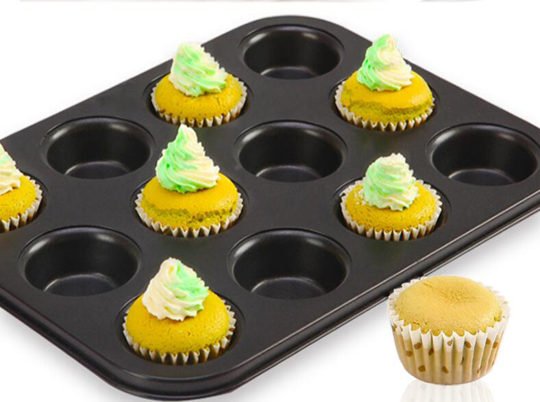 12 cavity muffin pan-black (8)