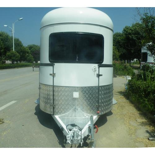 Deluxe Straight Load Horse Trailers