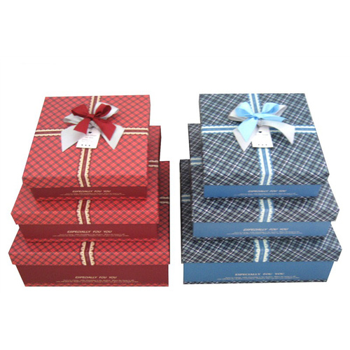 Luxury present box with lid
