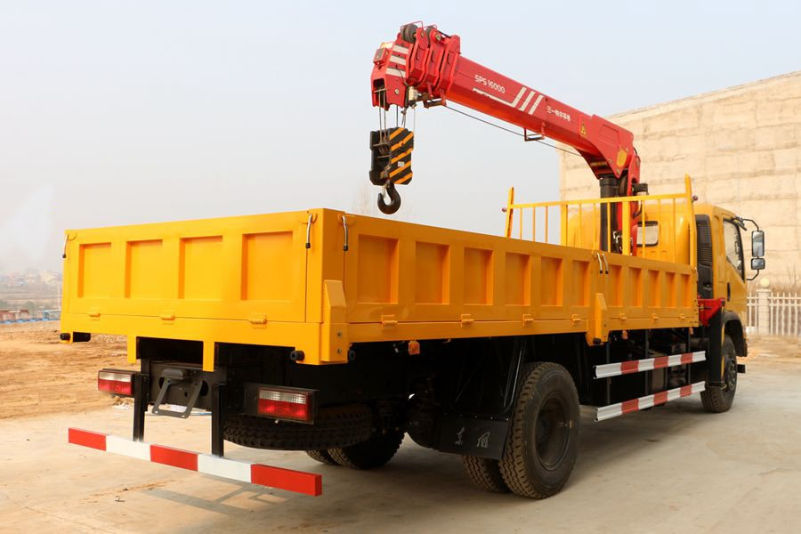 truck cargo with loader crane 3