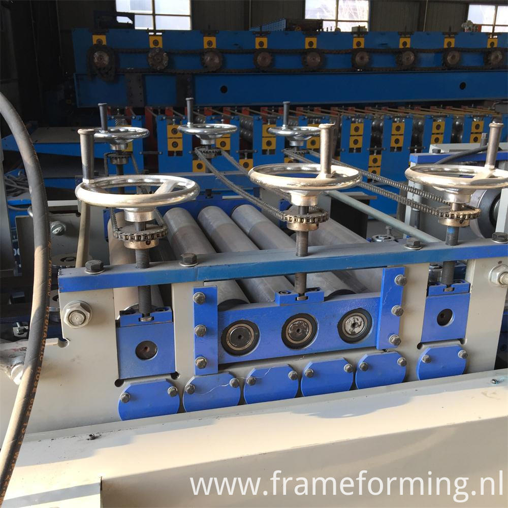 CZ Purlin roll forming machine for c and z purlins