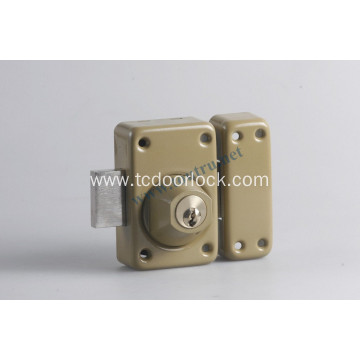 136 Vachette Security brass rim door lock