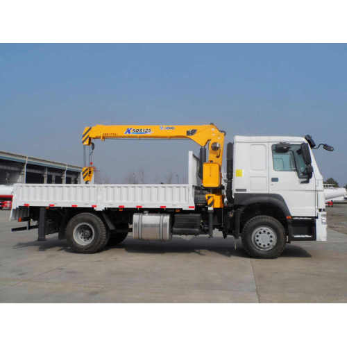 Pipeline Transportation Howo 4×2 Truck Mounted Crane