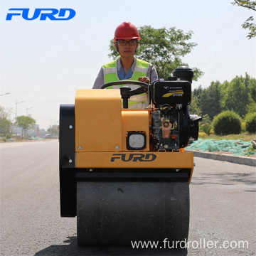 Good Compaction 700kg Small Vibratory Pedestrian Roller